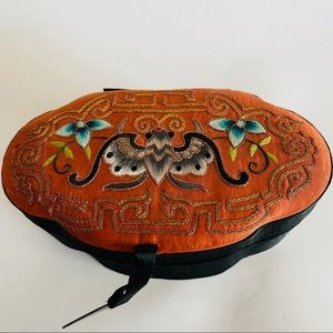Vintage Chinese silk top embroidered  jewelry box